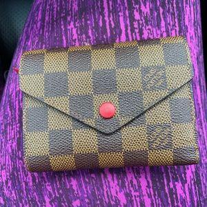 Louis Vuitton Damier Ebene Victorine Wallet